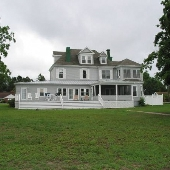 Lodgecliff Bed & Breakfast